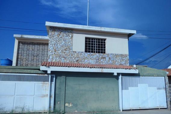 Casa En Venta Sector Los Mangos Mls #20-2279