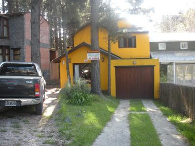 Mar Azul,dueño Alquila Casa 4 Ambientes,2 Baños,cochera.