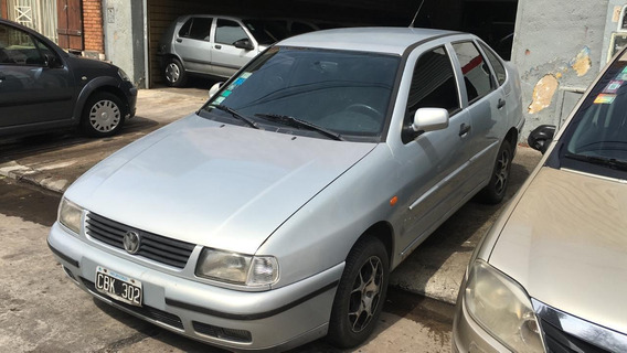 Volkswagen Polo 1.9 Diesel 1999 Financiado
