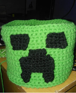Cesto Artesanal Minecraft - Crochet