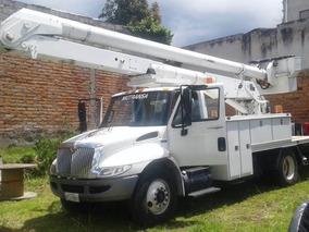 Camion Tipo Plataforma, Con Grua Y Elevador. International
