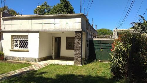 Venta Casa 3 Dor, Baño, Extenso Fondo, Jardín. Para Reciclar