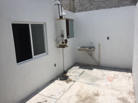 Rento Casa En La Col. Emiliano Zapata, El Pueblito