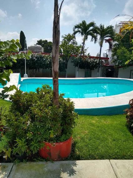 Venta Condominio Col. Jardines De Cuernavaca, Cuernavaca