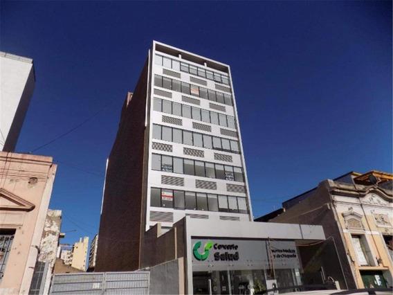 Edificio Office City Iii, Vendo Oficina, Con Recepción Y Sum