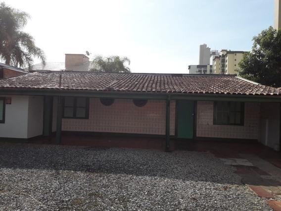 Casa Para Locação Anual No Centro Em Balneário Piçarras - Sc - 769
