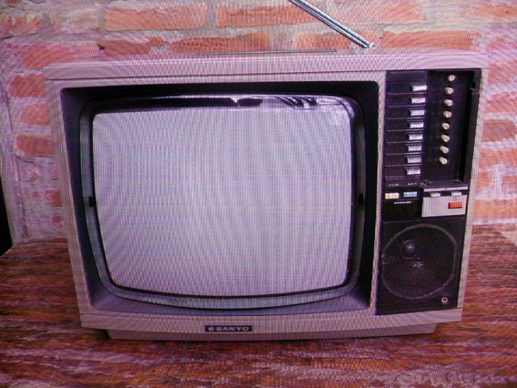Antiga Tv Sanyo 14