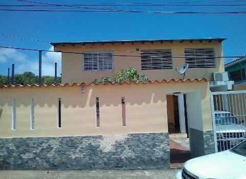 Vendo Casa En La Asunción Isla De Margarita