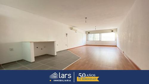 Monoambiente Para Alquilar / Centro - Inmobiliaria Lars
