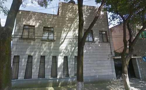 Remate Bancario Casa Bien Ubicada