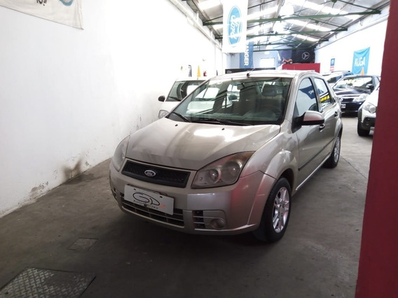 Ford Fiesta Max Plus Gnc