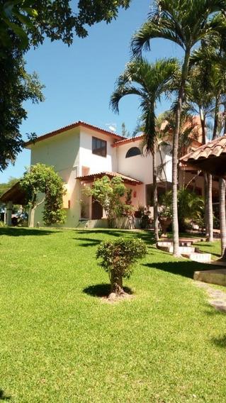 Casa En Venta En Comala Col.