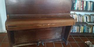 Piano Inglês Antigo Marca Ajello