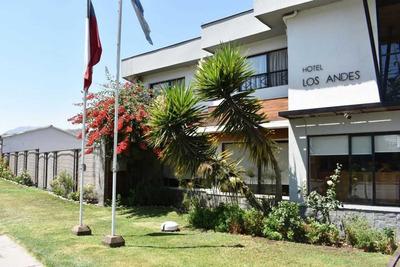 Hotel En Centro De Los Andes V Región