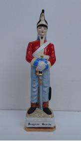 Soberba E Antiga Estatueta Inglesa Militar Da Década 60/70