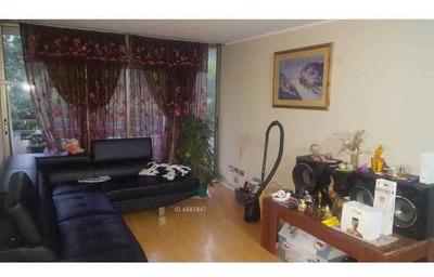 Venta De Departamento En Santiago De 4 Dormitorios, 3 Baños, Calle Gay, Av España