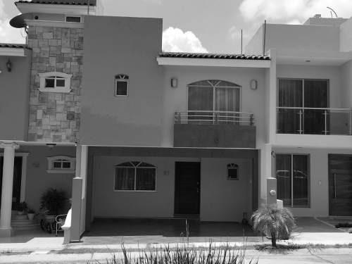 Casa En Venta Valdepeñas Zapopan Jalisco
