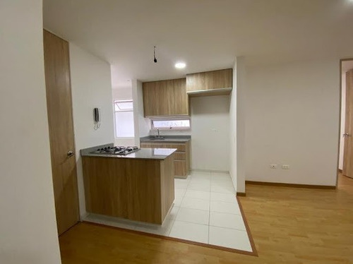 Imagen 1 de 10 de Apartamento En Arriendo Rionegro 622-17630