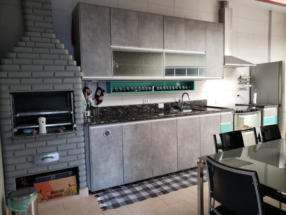 Casa Nova Espaçosa E Mobiliada