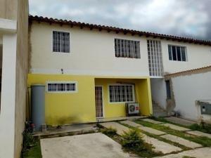 Apartamento Venta Maracay Mls 19-17261 Ev