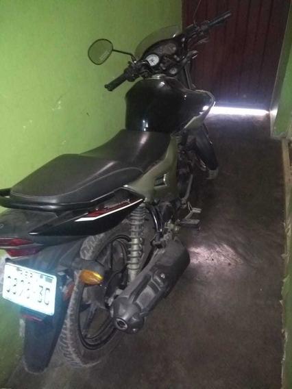 Venta De Moto Yamaha En Buen Estado