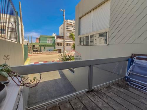 Apartamento En Peninsula - Ref: 5201