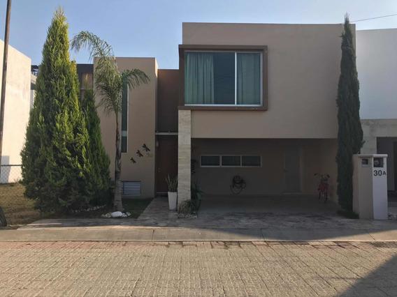 Hermosa Casa En Renta Sin Muebles En Residencial San Pedro