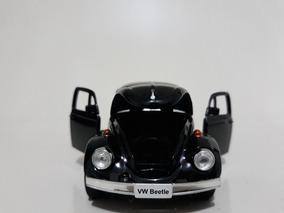 Miniaturas Fusca + Corolla