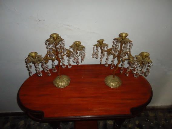Candelabros De Mesa De Bronce Y Prismas Antiguos