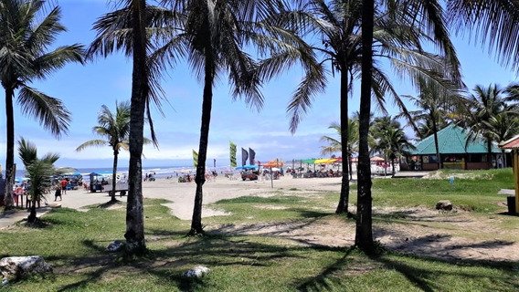 Casa Mobiliada A 200 Metros Da Praia Em Itanhaém