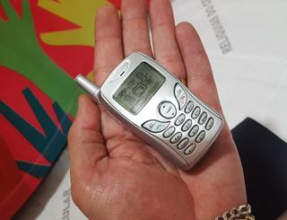 Celular Panasonic Mini A102 * Linha Gd55 * Pequeno Raridade