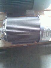 Motor De 20hp De 1750rpm Voltaje 220-440