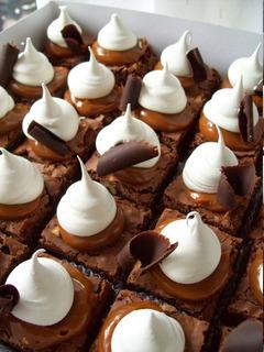 Brownies Con Dulce De Leche Y Merengue. Cuadrados Dulces!