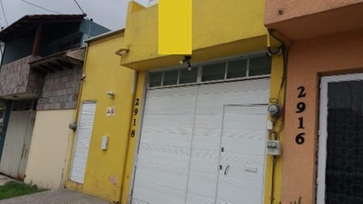 Se Rentan Habitaciones Para Estudiantes O Profesionistas En Col. La Paz.