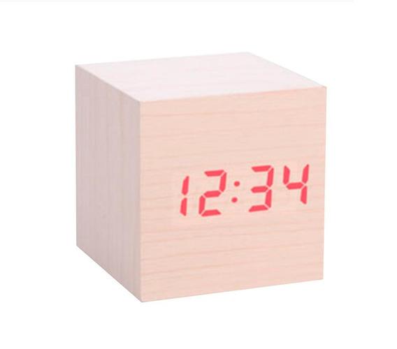 Reloj De Plástico Cubo Acabado De Madera