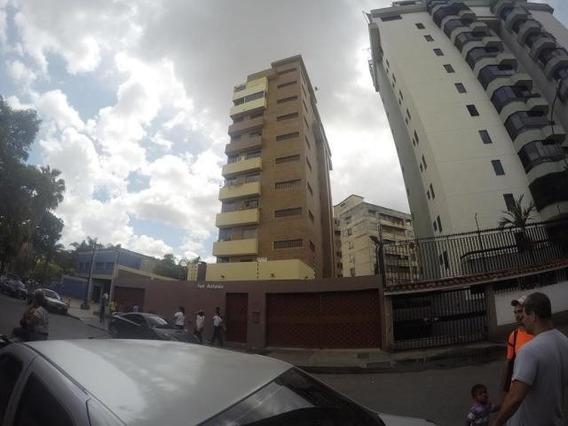 Apartamento En Venta 20-4002