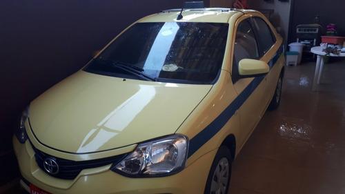 Imagem 1 de 4 de Toyota