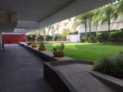 Departamento En Renta En Lomas Del Country, Guadalajara