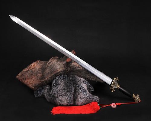 Imagem 1 de 8 de Espada Chinesa Tradicional Jian Aço Carbono Dobrado Tai Chi
