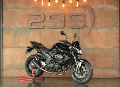 Kawasaki Z 750 - 2011/2012 Revisada!!