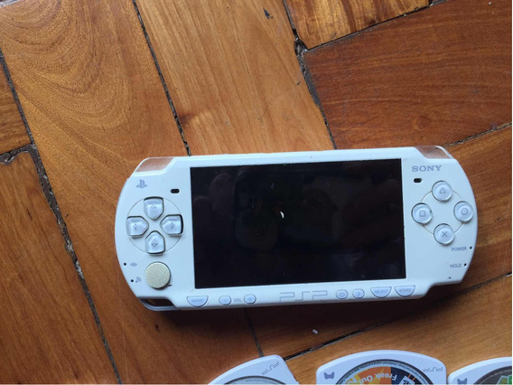 Playstation Portatil Psp + Case