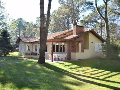 Alquiler Carilo 2018 Casa Grande Con Jardin Partido Pinamar