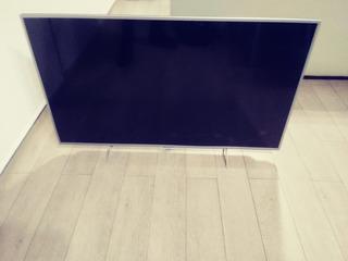 Televisor Philips Smart 49 Pulgadas. Display Roto