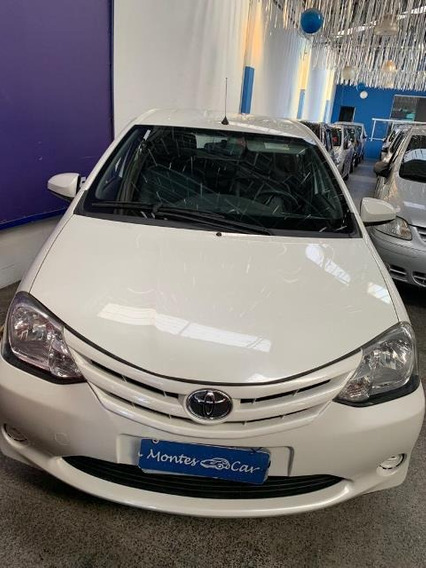 Toyota Etios Xs 1.5 - Montes Car