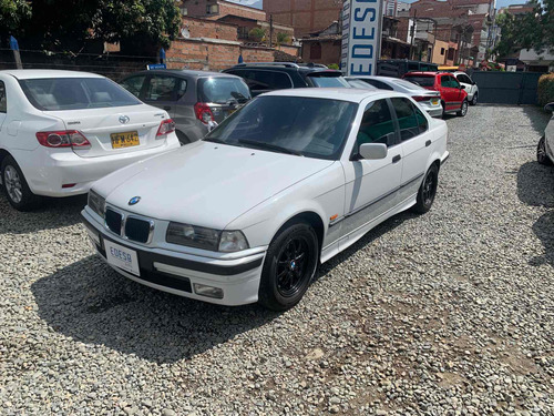 Bmw Serie 3 Is