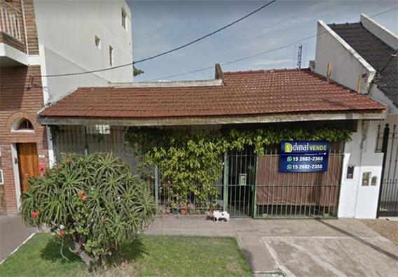 Casa 2/3 Amb Con Cochera * Lote Propio * Patio Al Fondo - Villa Lynch
