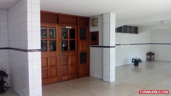 Excelente Apartamento En El Recurso Mm 19-8330