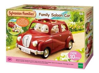 Sylvanian Families Auto Familiar Rojo + Conejito Chocolate