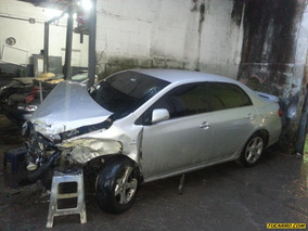 Chocados Toyota Corolla 2013
