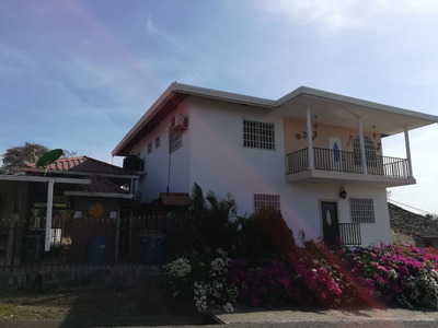 Alquilo Amplia Casa En Los Santos Pocri Para Alquiler